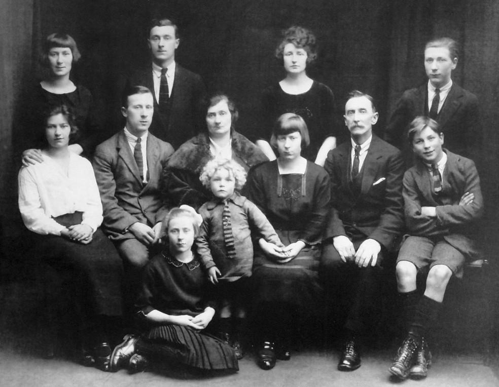 Smyth Family c1924